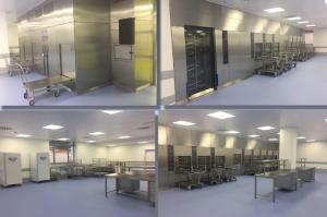 В чистой зоне инструменты проходят комплектацию и упаковку, паровую стерилизацию, этилен-оксидную стерилизацию
